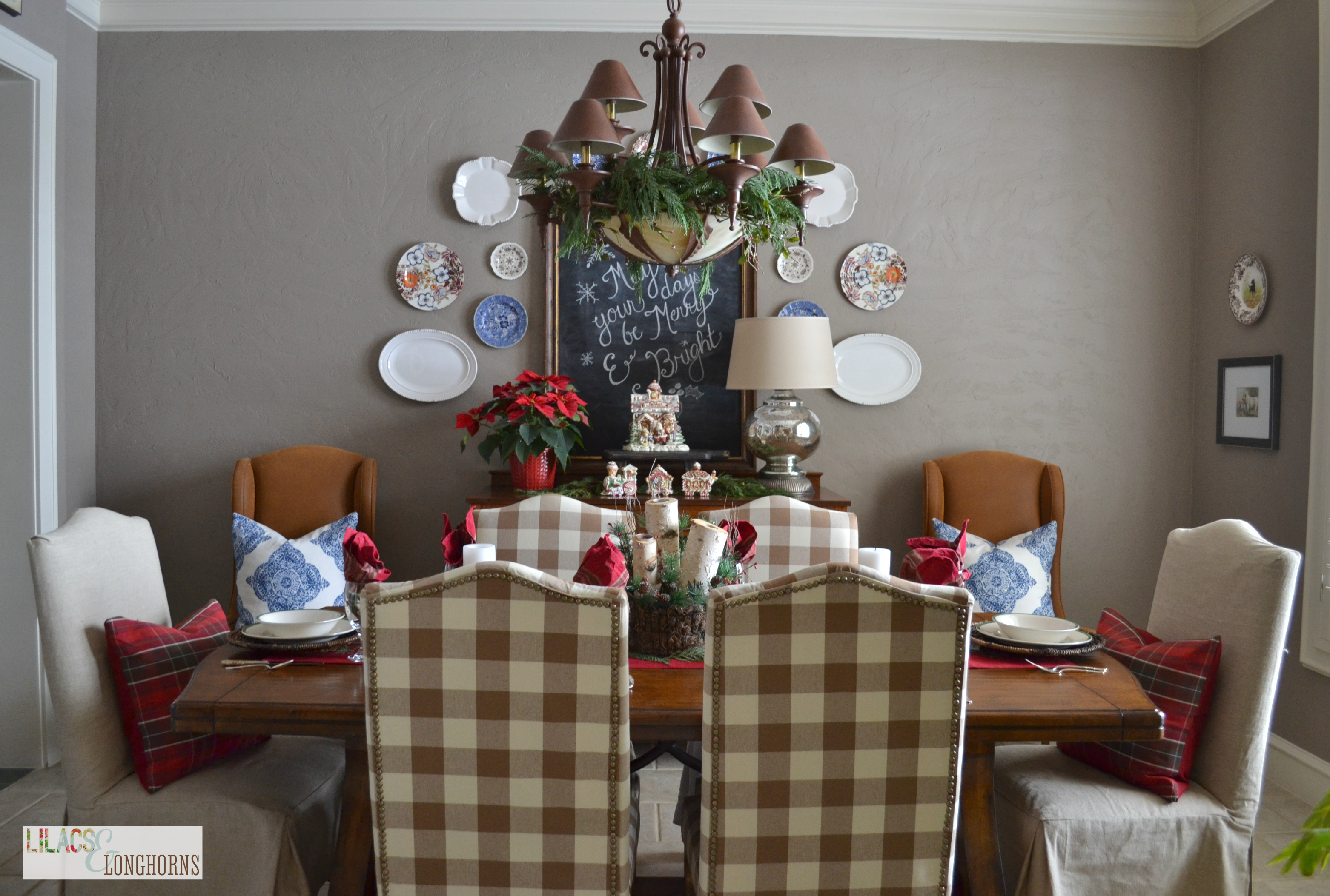 Christmas Dining Room And Last Minute Preparations
