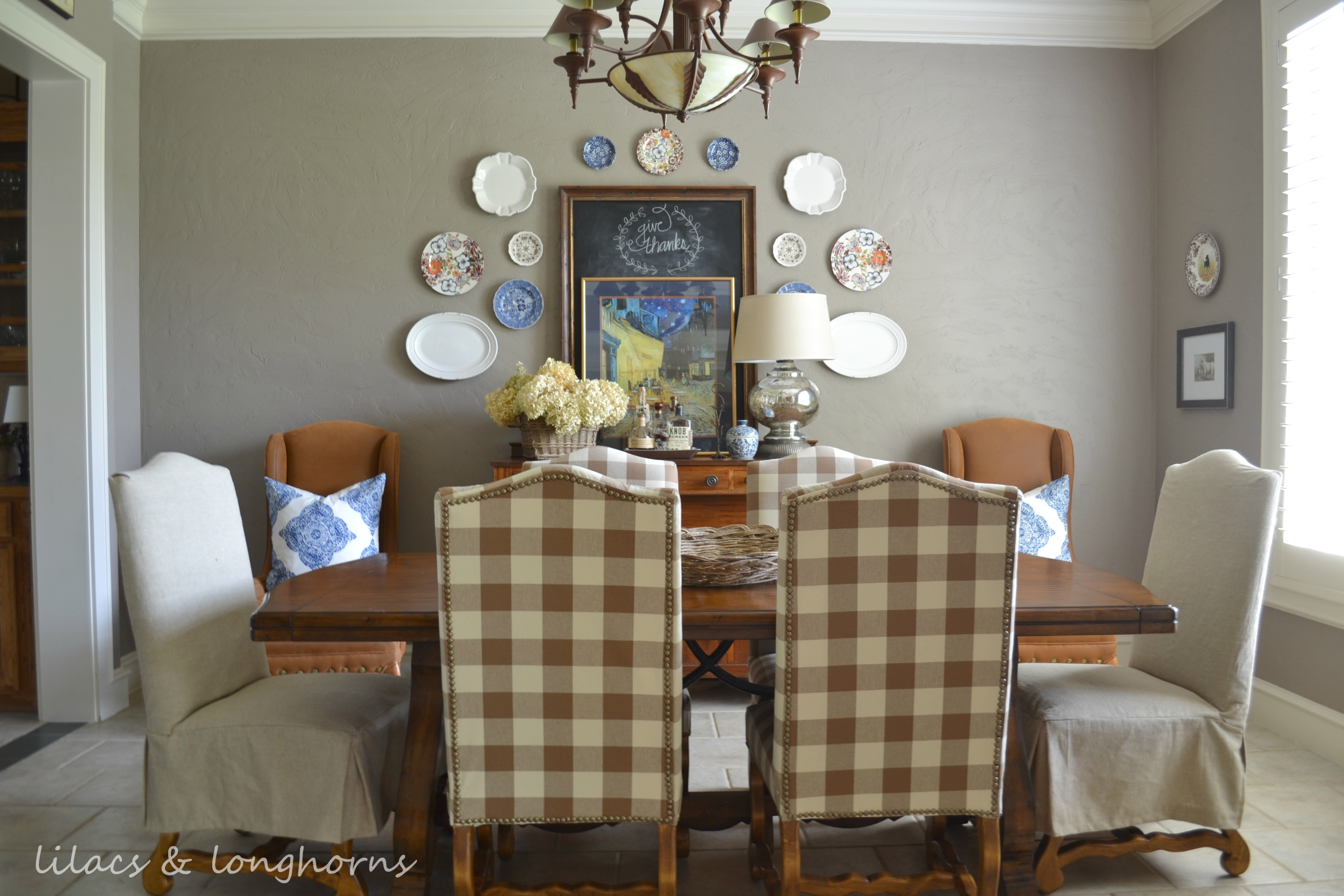 Favorite diy projects of 2013 lilacs and longhornslilacs for Decorative items for dining room