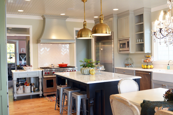 Choosing Cabinet Paint Colors Gray Or Creamy White