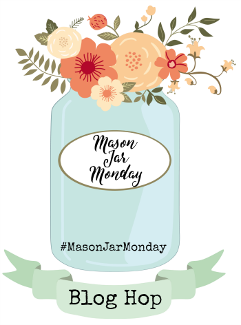 Mason Jar Monday crafts with jars / Lilacs and Longhorns