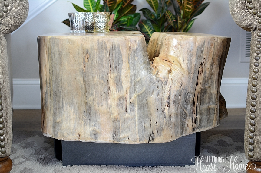 stump table shared at www.onemoretimeevents.com