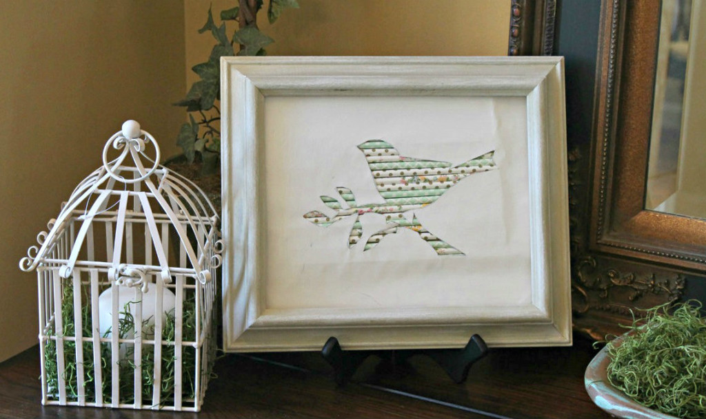 Paper-straw-bird-art-display